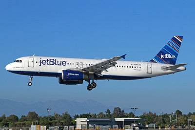 JetBlue Airways Airbus A320-232 N589JB (msn 2215) (Barcode) LGB (Michael B. Ing). Image: 924211.