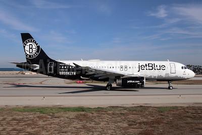 JetBlue Airways Airbus A320-232 N633JB (msn 2671) (Brooklyn Nets) LGB (Michael Carter). Image: 944573.