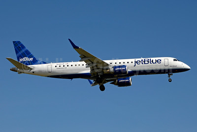 JetBlue Airways Embraer ERJ 190-100 IGW N265JB (msn 19000049) (Tartan) JFK (Jay Selman). Image: 403380.