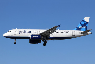 JetBlue Airways Airbus A320-232 N703JB (msn 3381) (Blueberries) LGB (Michael B. Ing). Image: 948439.