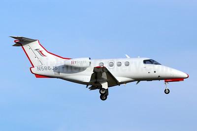 JetSuiteX Embraer EMB-500 Phenom 100 N586JS (msn 500000183) SNA (Michael B. Ing). Image: 946633.