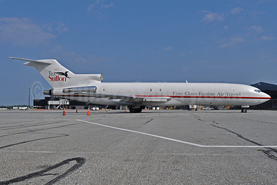 Kalitta Charters II-H.E. Tex Sutton Boeing 727-224 (F) N725CK (msn 22252) (First Class Equine Air Travel) BWI (Tony Storck). Image: 905301.