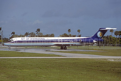Key Air International McDonnell Douglas DC-9-83  (MD-83) EI-CGR (msn 49642) (Sun Air colors) (Christian Volpati Collection). Image: 930318.