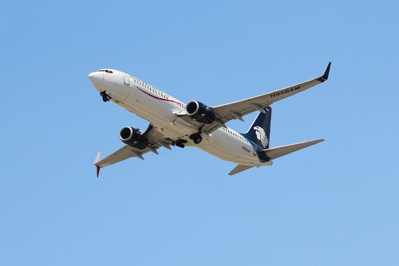 Aeroméxico (AM) N958AM B737-852 [cn39958]