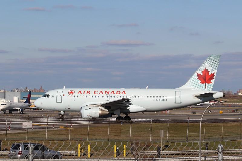 Air Canada (AC) C-GAQX A319-114 [cn736]