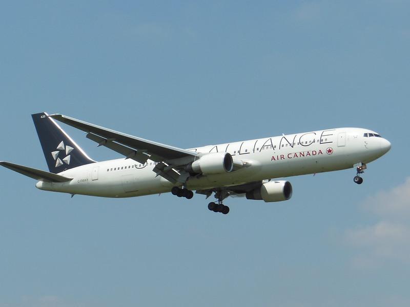 Air Canada (AC) C-FMWY B767-333 ER [cn25587]