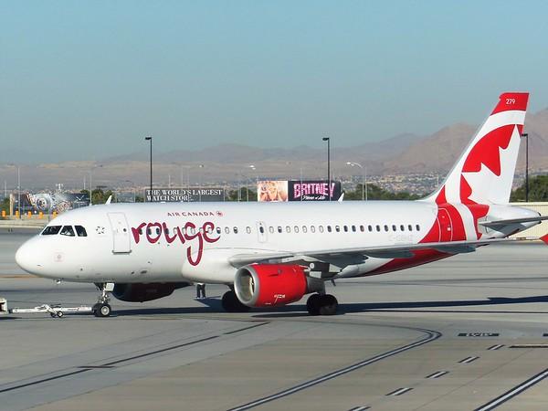 Air Canada Rouge (RV)
