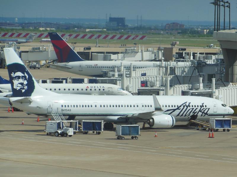 Alaska Airlines (AS) N413AS B737-990 ER [cn35205]