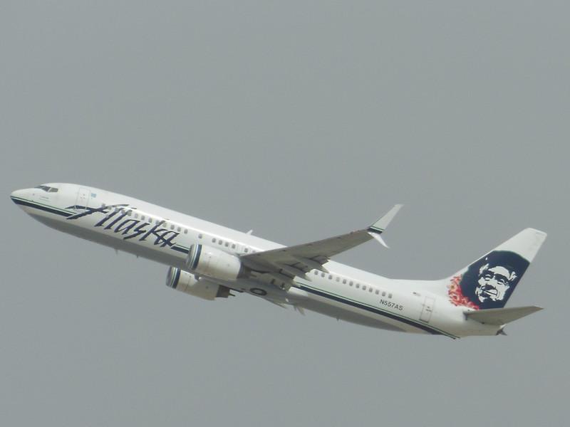Alaska Airlines (AS) N557AS B737-890 [cn35176]