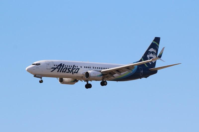 Alaska Airlines (AS) N563AS B737-890 [cn35180]