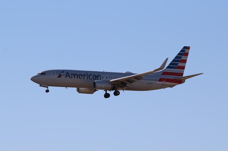 American Airlines (AA) N990AN B737-823 [cn29563]