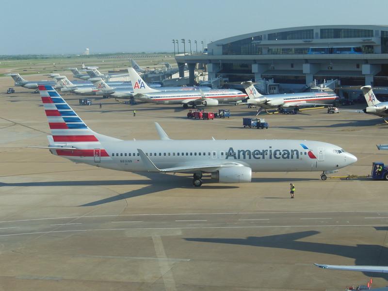 American Airlines (AA) N816NN B737-823 [cn31081]