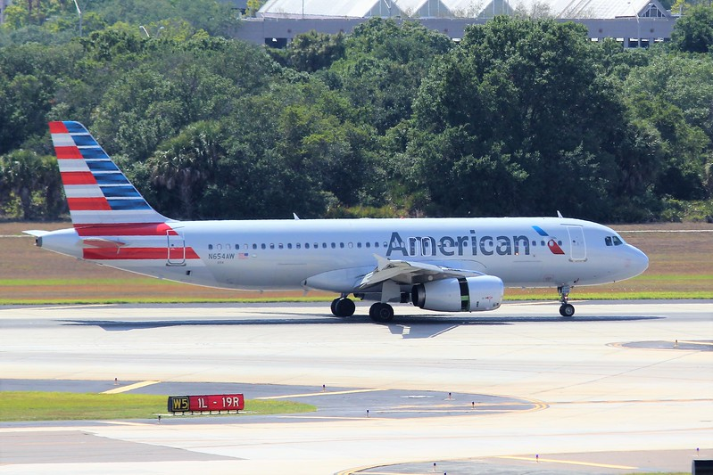 American Airlines (AA) N654AW A320-232 [cn1050]