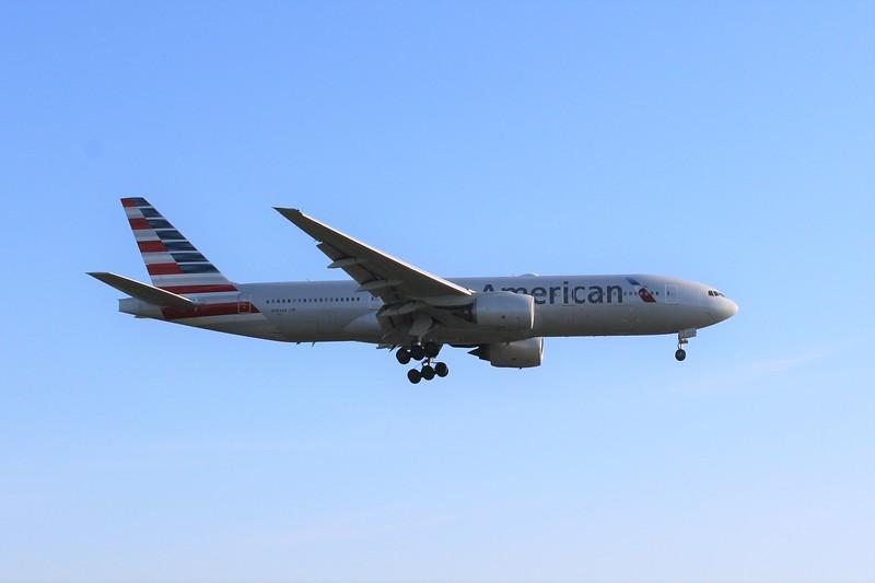 American Airlines (AA) N782AN B777-223 ER [cn30003]