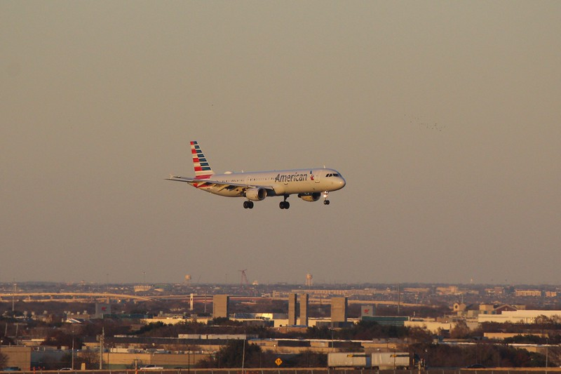 American Airlines (AA) N185UW A321-211 [cn1666]