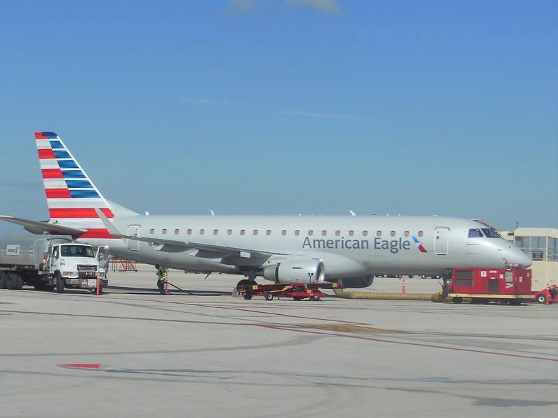 American Eagle/Republic Airways (AA/YX) N404YX ERJ-175 LR [cn367]