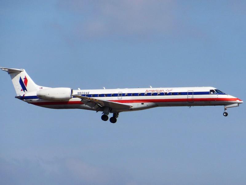 American Eagle/Envoy Air (AA/MQ) N602AE ERJ-145 LR [cn048]