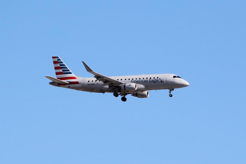 American Eagle/Envoy Air (AA/MQ) N246NN ERJ-175 LR [cn17000618]