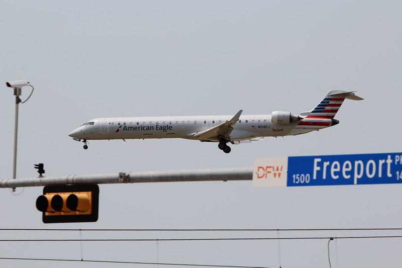 American Eagle (AA) / Mesa Airlines (YV) N918FJ CRJ-900 [cn15018]