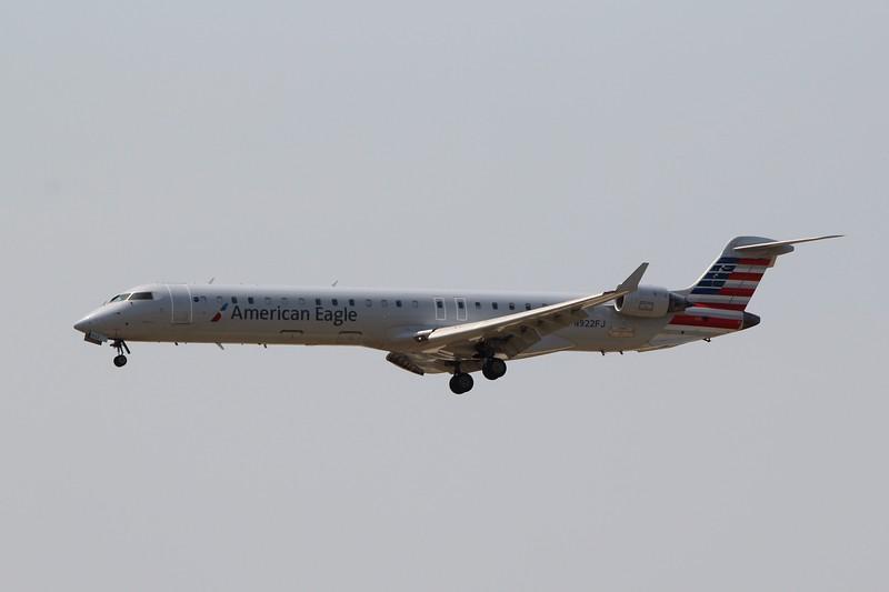 American Eagle (AA) / Mesa Airlines (YV) N922FJ CRJ-900 [cn15022]