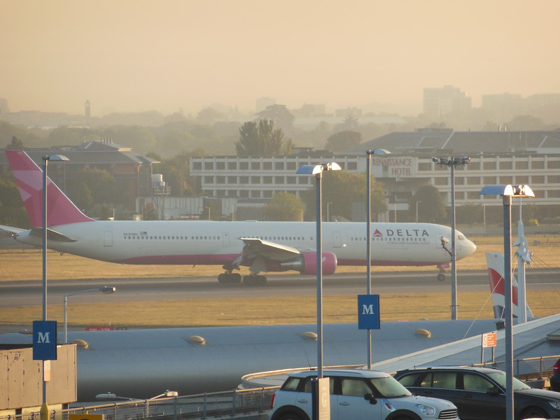 Delta Air Lines (DL) N845MH B767-432 ER [cn29719] - Breast Cancer Livery
