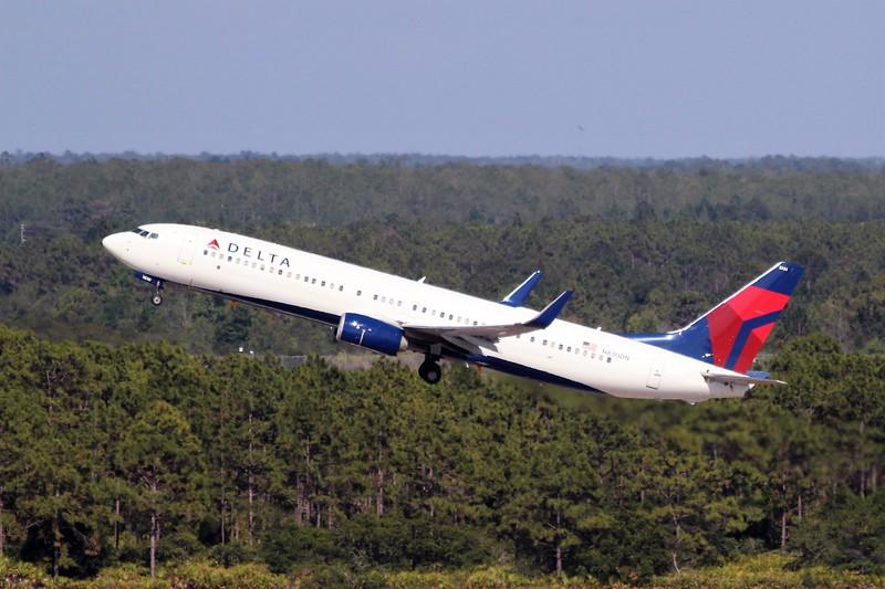 Delta Air Lines (DL) N830DN B737-932 ER [cn31940]
