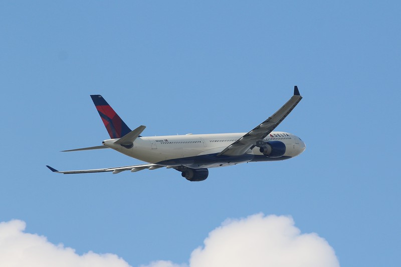 Delta Air Lines (DL) N816NW A330-323  [cn827]