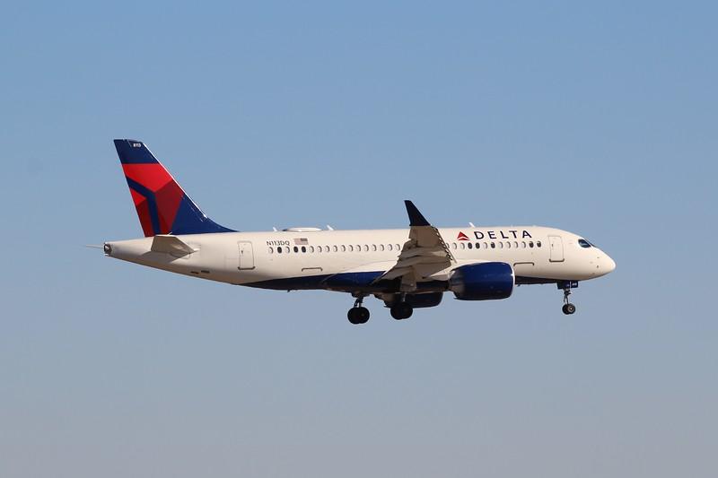 Delta Air Lines (DL) N113DQ A220-100 [cn50032]