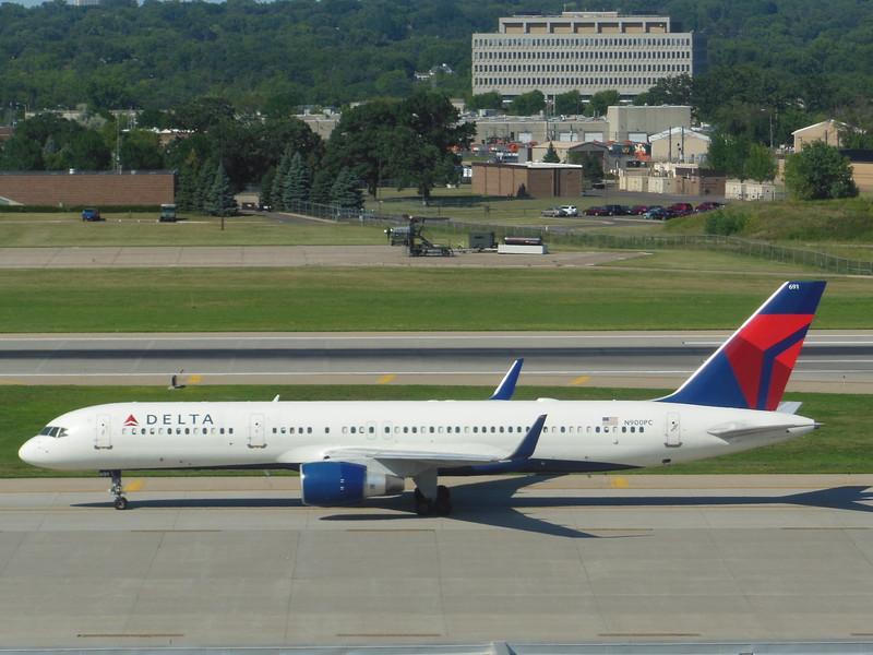 Delta Air Lines (DL) N900PC B757-26D [cn28446]