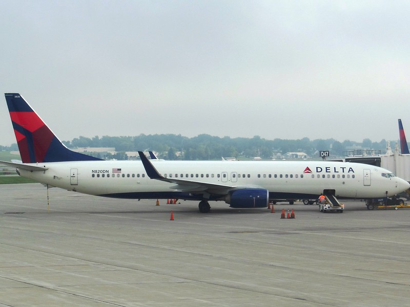 Delta Air Lines (DL) N820DN B737-932 ER [cn31931]