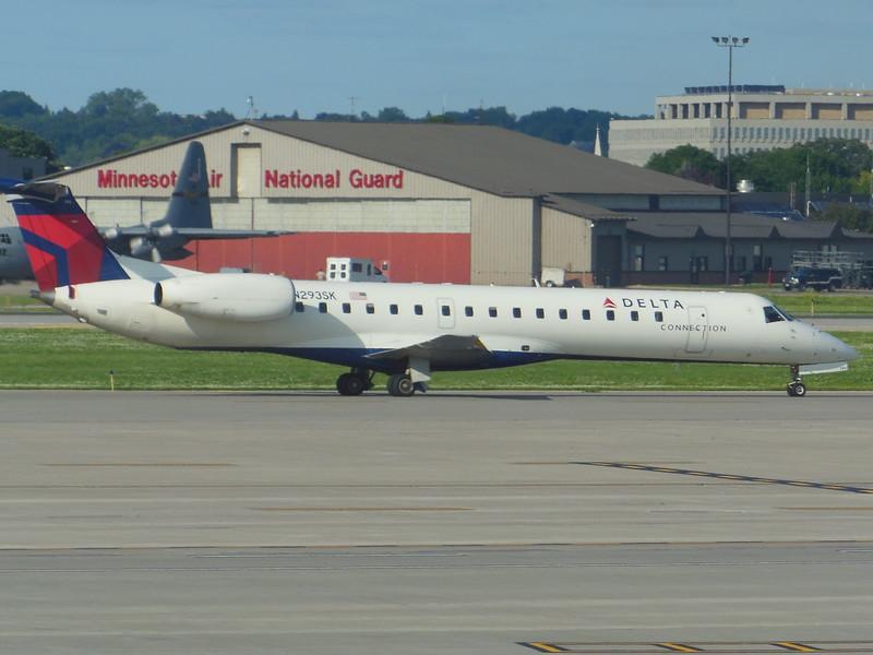 Delta Connection/Shuttle America (DL/S5) N293SK ERJ-145 LR [cn145500]
