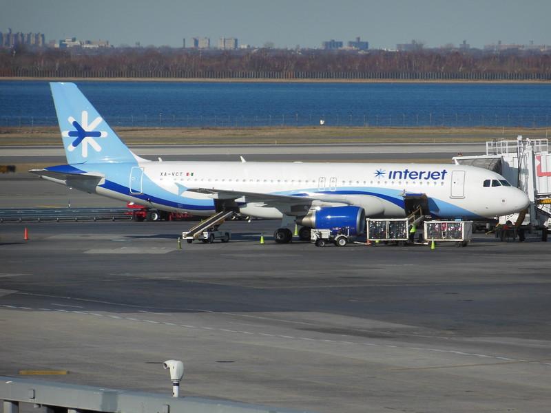 Interjet (4O) XA-VCT A320-214 [cn5163]