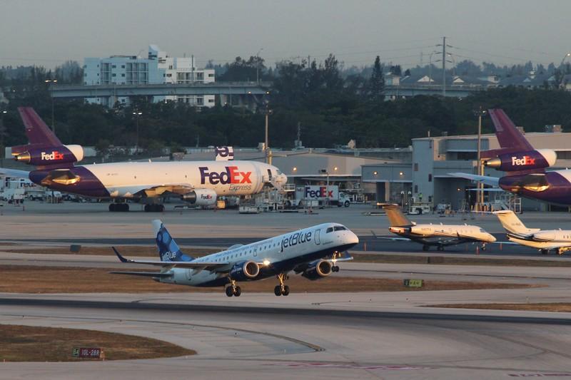 JetBlue Airways (B6) N183JB ERJ-190 AR [cn19000007]