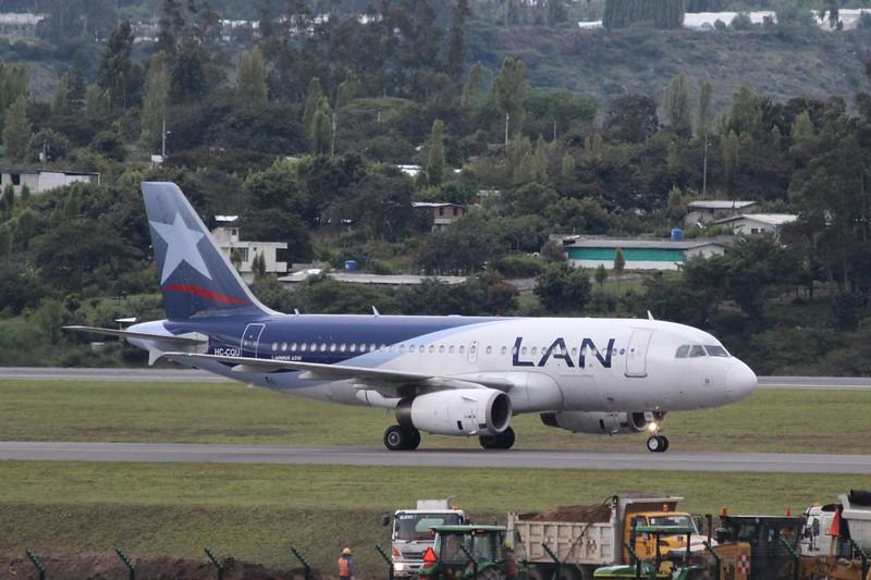 LAN Ecuador (XL) HC-CQU A319-132 [cn 3770]
