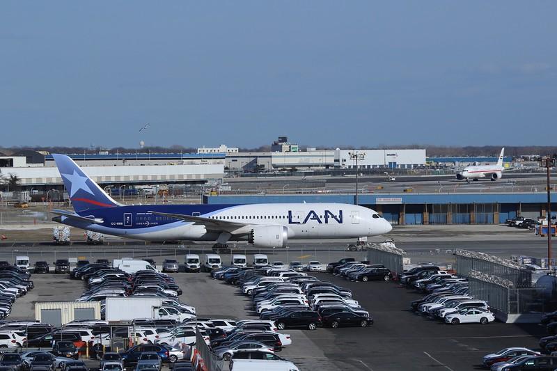 LAN Airlines (LA) CC-BBB B787-8 [cn38466]