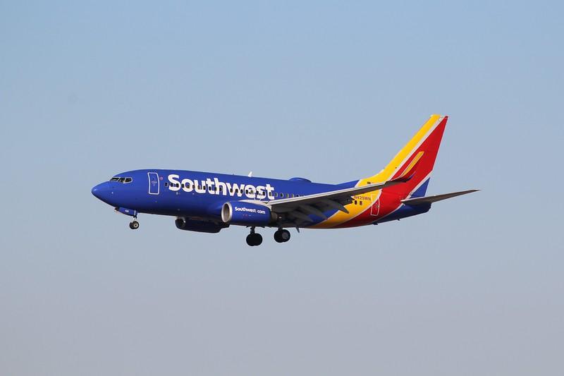 Southwest Airlines (WN) N429WN B737-7H4 [cn33658]