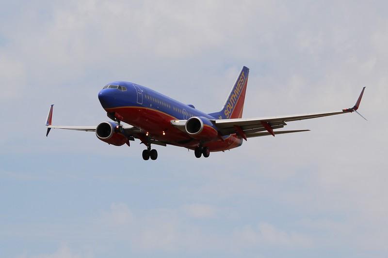 Southwest Airlines (WN) N269WN B737-7H4 [cn32526]
