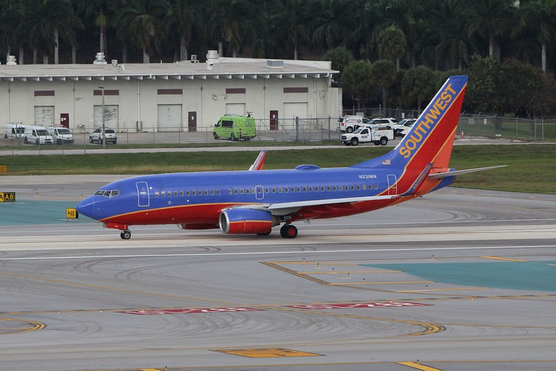 Southwest Airlines (WN) N231WN B737-7H4 [cn32499]