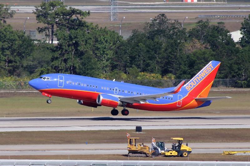 Southwest Airlines (WN) N602SW B737-3H4 [cn27953]
