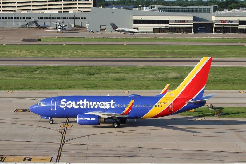 Southwest Airlines (WN) N407WN B737-7H4 [cn29817]