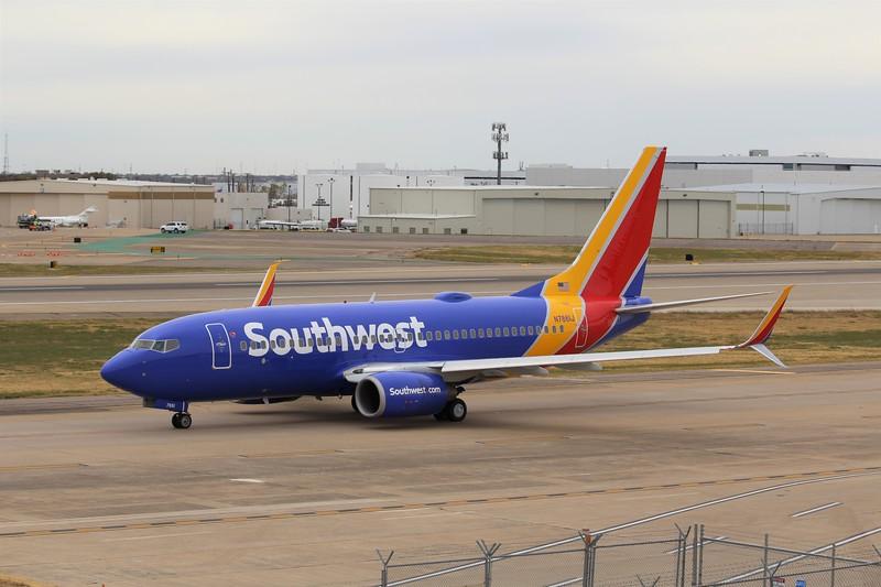 Southwest Airlines (WN) N7861P B737-79P [cn33008]