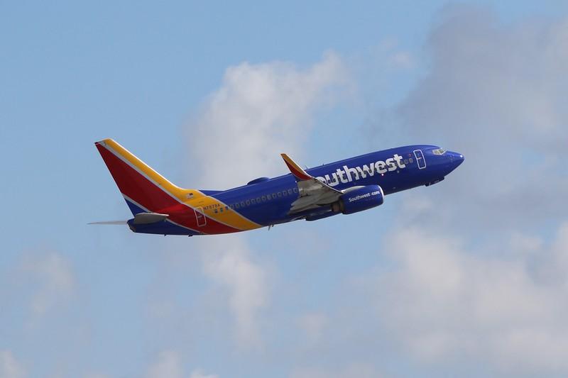 Southwest Airlines (WN) N7878A B737-7K9 [cn34320]