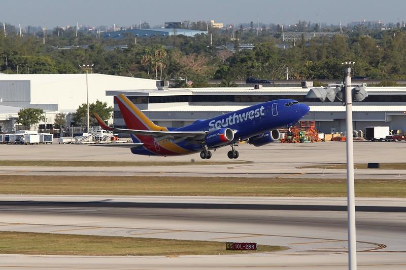 Southwest Airlines (WN) N770SA B737-7H4 [cn30589]