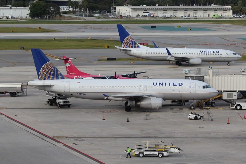 United Airlines (UA) N459UA A320-232 [cn1192]