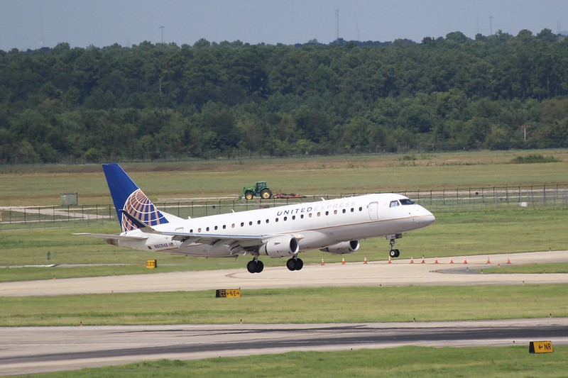 United Express/ Mesa Airlines (UA/YV) N80348 ERJ-175 LR [cn17000599]