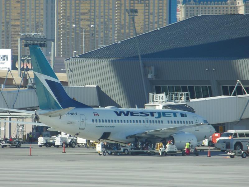 WestJet (WS) C-GWCY B737-6CT [cn35113]