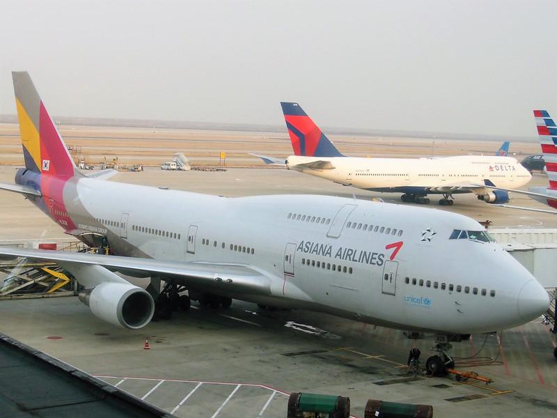 Asiana Airlines (OZ) HL7428 B747-48E [cn28552]