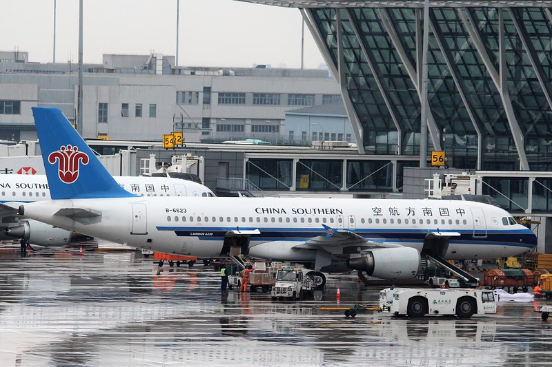 China Southern Airlines (CZ) B-6623 A320-214 [cn4205]