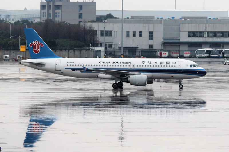 China Southern Airlines (CZ) B-1800 A320-214 [cn5976]