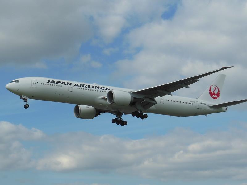 Japan Airlines (JL) JA733J B777-346 ER [cn32432]